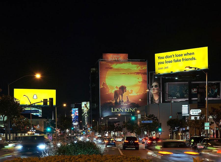 Snapchat-Real-friends-billboard-2